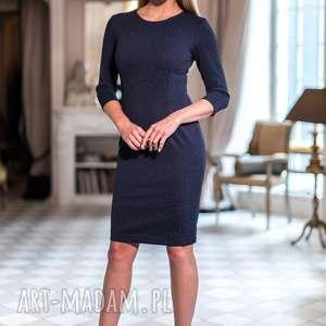 Sukienka Kennedy, ołówkowa