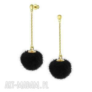 Prezent KOLCZYKI z czarnym pomponem - I ♥ Pom Poms, pompon, sztyfty, łańcuszek