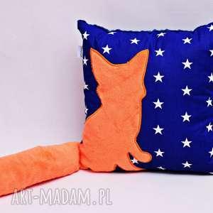Poduszka z lisem i ogonem 3D lis w gwiazdach, poduszka-lisek, poduszka-3d