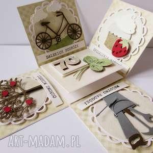 hand-made scrapbooking kartki eksplodujące pudełko urodzinowe
