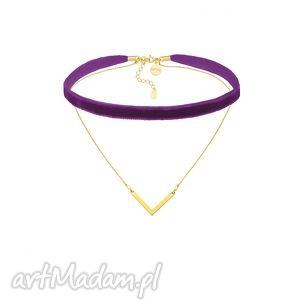 purpurowy aksamitny choker z łańcuszkiem i - minimalistyczny