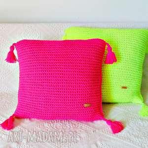 Poduszka w neonowym różu , poduszka, poszewka, neonowa, dla-dziecka,