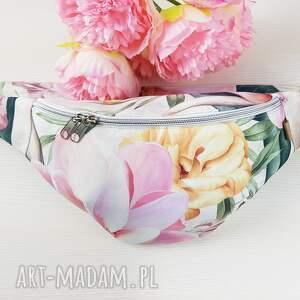 luci and love nerka xl magnolie kwiaty na liściach, magnolia, kwiaty