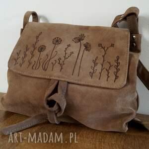 na ramię surowa baronowa beżowa zamszowa łąka, torebka, skóra