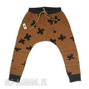 spodnie baggy brązowe, spodnie, baggy, dziecko, łaty, bawełna, prezent