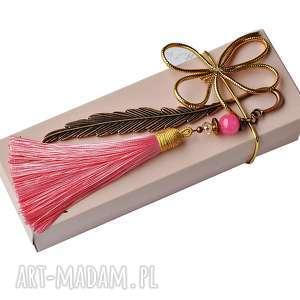wrzosowisko zakładka z pięknym chwostem pudrowy róż, zakładki, prezent