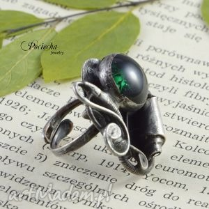 szmaragdowy mrok - pierścionek ze szkłem, pierścionek, zieleń, szkło, cyna, duży