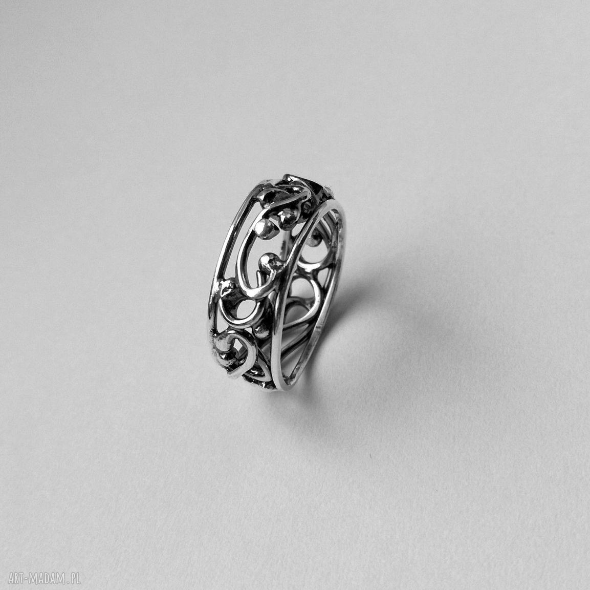 handmade pierścionki srebrna koronka