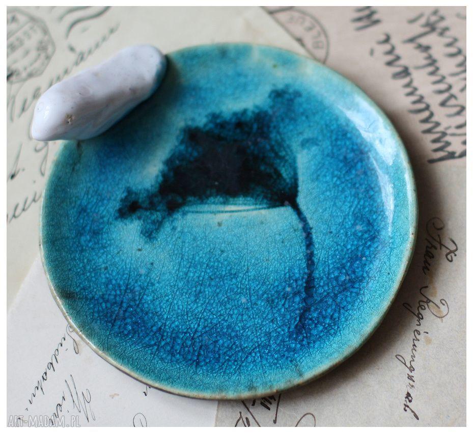 białe ceramika talerze komplet turkusowych talerzyków