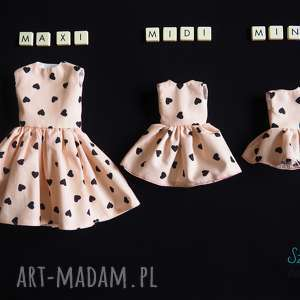 świąteczny prezent, sukienka dla lalki, ubranka, szmacianka, lalkazubrankami, lalka