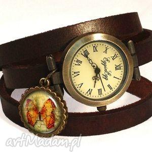 motyl vintage - zegarek bransoletka na skórzanym pasku - zawieszką