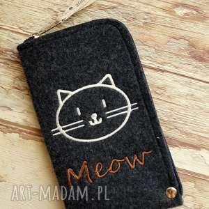 Prezent Filcowe etui na telefon - meow, smartfon, pokrowiec, filc, koty, prezent
