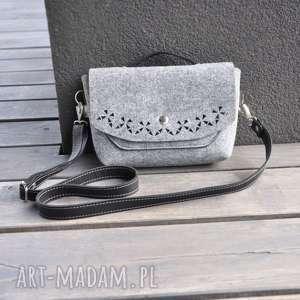 handmade na ramię torebka filcowa listonoszka z klapą - szara