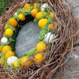 wielkanocny wiosenny wianek na drzwi lub stół, wielkanoc, święta, prezent, jajka