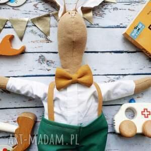 ręcznie wykonane maskotki pani królik z wyszytym imieniem
