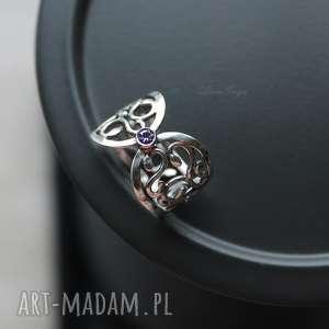 anna grys skrzydła motyla, pierścionek, oksydowany, srebrny, cyrkonia, ametystowa