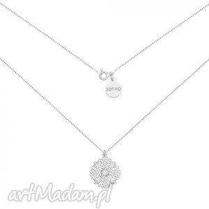 srebrny naszyjnik z rozetką sotho - srebrne naszyjniki, minimalistyczna