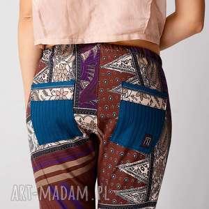 spodnie kolorowe drukowane z bawełny, drukowane, wzorek, nadruk, baggy