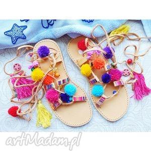 ręczne wykonanie buty 37 - sandały rzymianki z pomponami w stylu boho