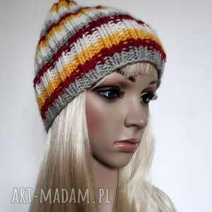 jesienne kolory - ciepła czapka, ściągacz, paski, ciepła, ściągacz