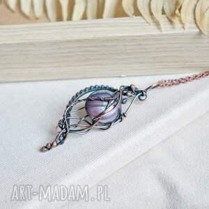 naszyjniki secesja - wisior z fioletowym szkłem, naszyjnik wisiorem