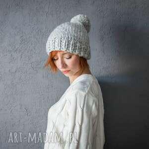 czapka weŁniana simple z pomponem - czapka, czapa, wełniana, druty, ciepła