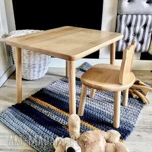 wnetrze z gustem mebelki dzieciece_stolik i dwa krzesełka, mebledzieciece