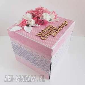 ręcznie zrobione scrapbooking kartki exploding box z kwiatami na chrzest