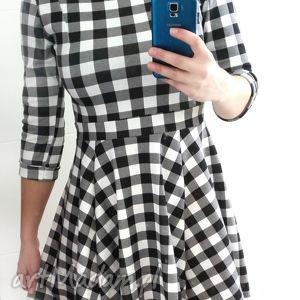 98452eed0c Hand-Made sukienki - sukienka w czarno białą kratkę