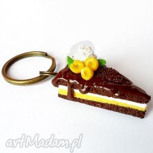 Prezent Ciastko z brzoskwinią - brelok, fimo, tort, czekolada, brzoskwinie, prezent