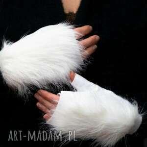 ręcznie wykonane rękawiczki rekawiczki bezpalcowe z futerkiem białe