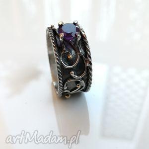 pierścień królewski - srebro, ametyst, oksydowany, wirewrapping