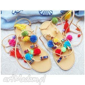 ręczne wykonanie buty 39 - kolorowe rzymianki z pomponami w stylu boho