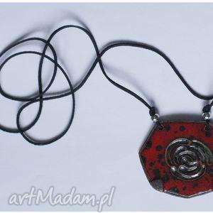 Wisior ceramiczny czarno-czerwony róża, wisior, wisiorek, ceramika,