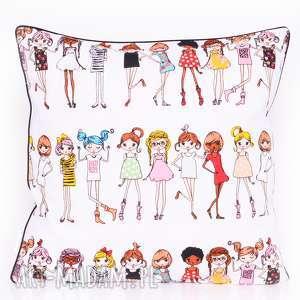 Poduszka stylish girls 40x40cm od majunto poduszki dziecięca
