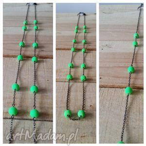 naszyjnik łancuszkowy z zielonymi kulkami, naszyjnik, łańcuch, zielony naszyjniki