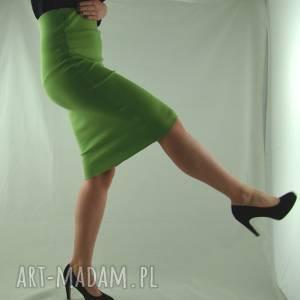 spódnica tuba zielona, spódnica, tuba, wiosenna, uniwersalna, rozciągająca,