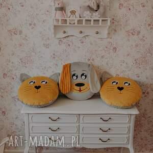 poduszka piesek musztardowy, zwierzątko, przytulanka, dekoracja, pokój dziecka