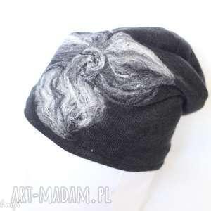 czapka czarna wełniana damska etno boho filc -box wir-czapka handmade na podszewce
