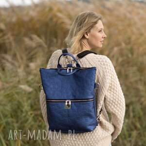plecak / torba 2 w 1 z granatowej skóry ekologicznej, pikowana, ekologiczna