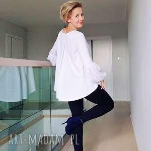 Biała bluzka z bufiastymi rękawami, białabluzka, bluzkabiała, bluzkaluźna