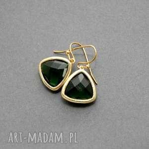 zielone kolczyki, eleganckie, butelkowe, wiszące, szkło, małe, szmaragdowe