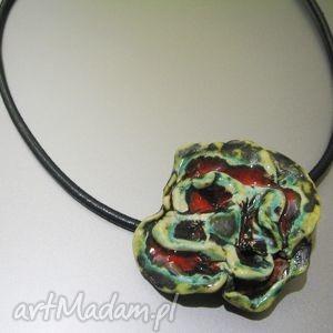 naszyjnik celebrytka kwiat - naszyjnik, kwiat, celebrytka, biżuteria, ceramika