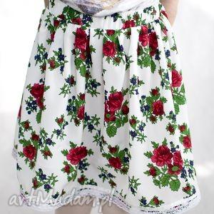 ubranka spódnica góralska, spódniczka ludowa biała, wiek 4-6 lat