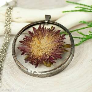 naszyjniki naszyjnik z suszonymi kwiatami w żywicy i cynie z403