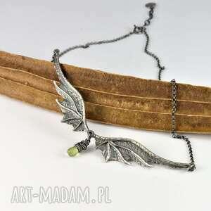 duży naszyjnik smocze skrzydła z łezką, jennefer, gra o tron