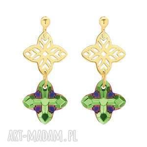złote kolczyki z rozetką i kryształem swarovski crystal w kolorze zielonym