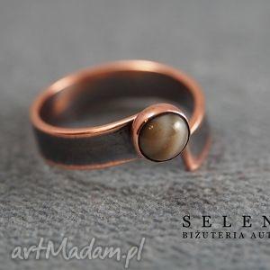Pierścionek z krzemieniem, wire, wrapping, krzemień, miedź, pierścionek