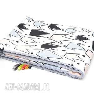 handmade dla dziecka kocyk kołderka 75x100 minky bawełna korony / szary