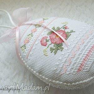 dom pisanka #1, zawieszka, haft, pisanka, wielkanocne, jajko, świąteczny prezent